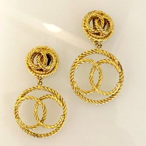Vintage Chanel Clip-On Gold Earrings